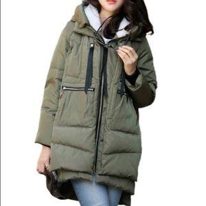 Amazon the coat oversized puffer jacket XS